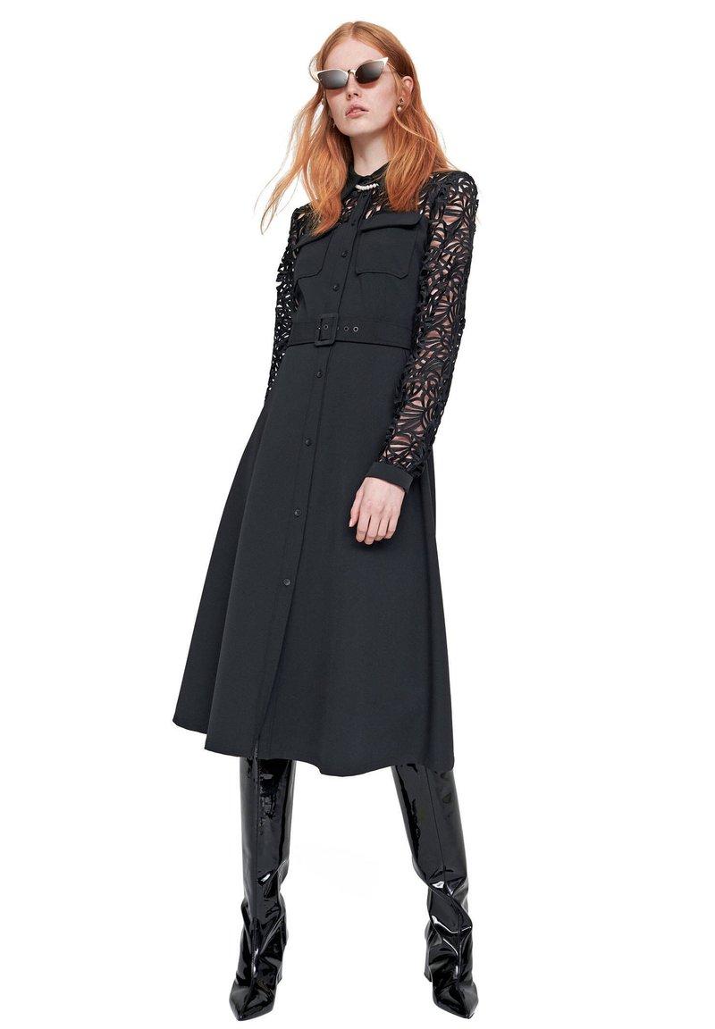 RIANI - Day dress - schwarz