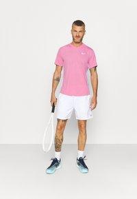 Nike Performance - Jednoduché triko - elemental pink/white/white - 1
