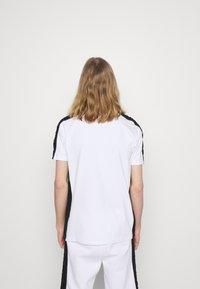 Glorious Gangsta - ALFARO TEE - Print T-shirt - optic white - 2