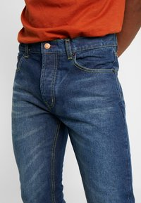 Bellfield - Jeans Tapered Fit - stone wash - 3