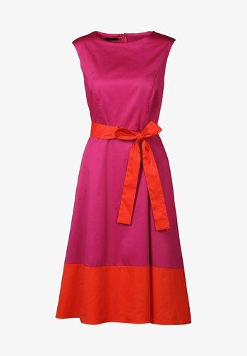 Cocktail dress / Party dress - pink/orangerot