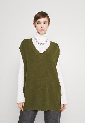 DETHEA - Print T-shirt - fir green
