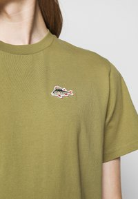 forét - FISH - Basic T-shirt - white - 5