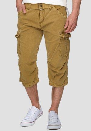 MIT GÜRTEL NICOLAS - Shorts - amber