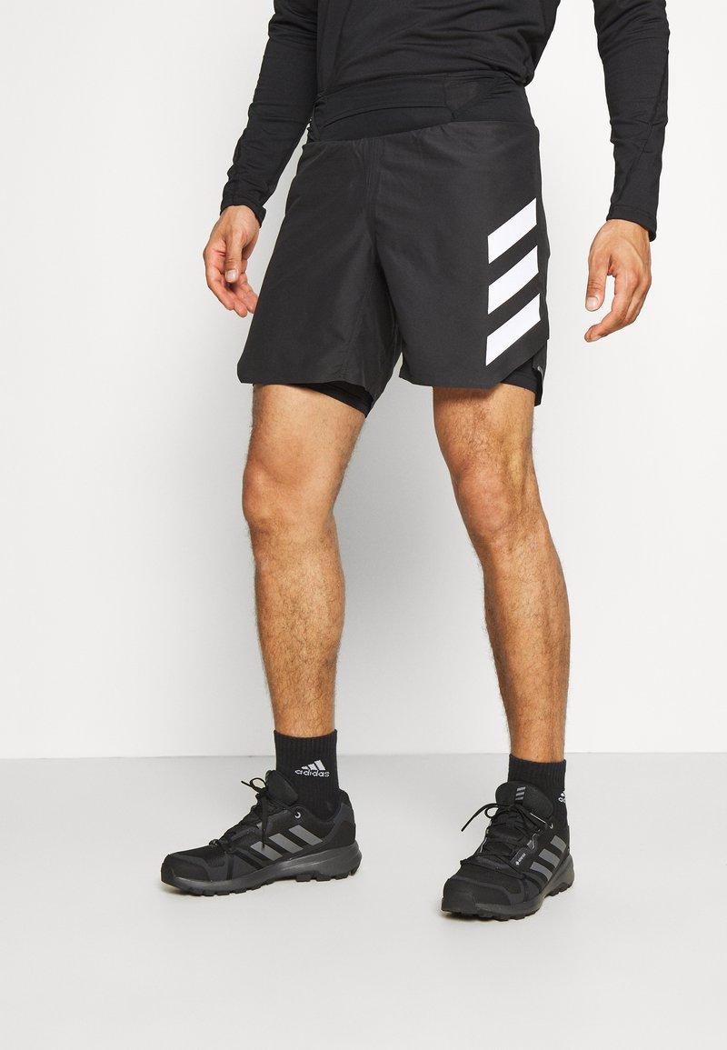 adidas Performance - AGRAVIC SHORT 2-IN-1  - Sports shorts - black/white