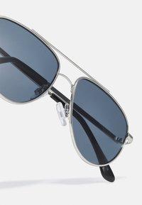 Jack & Jones - JACBOBBY SUNGLASSES - Sunglasses - silver-coloured - 3