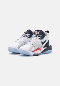 Jordan - ZOOM '92 UNISEX - Basketball shoes - white/obsidian/true red/metallic silver/pure platinum - 1