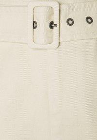 Object - OBJKAREN  - Denim shorts - sandshell - 2