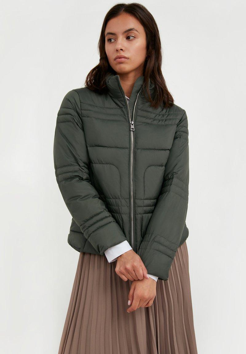 Finn Flare - Winter jacket - dark green