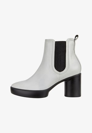 SHAPE SCULPTED MOTION - Ankle boots - bright white