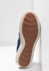 Clarks - STEP URBAN MIX - Sneakers laag - navy - 4