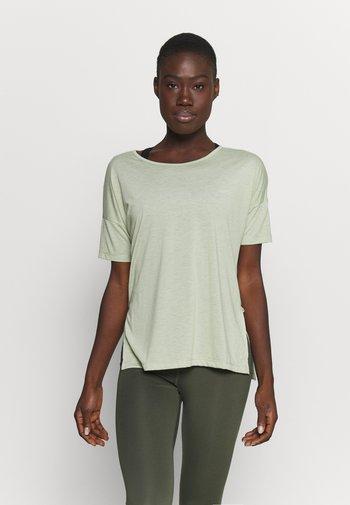 LAYER - T-shirts basic - celadon heather/olive aura