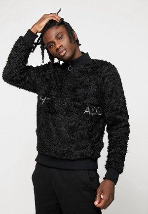 QUINNB - Fleece jumper - black