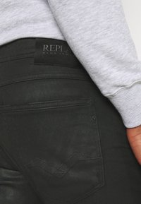 Replay - WILLBI - Jeans Tapered Fit - black - 3