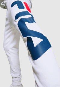 Fila - PURE - Teplákové kalhoty - bright white - 4