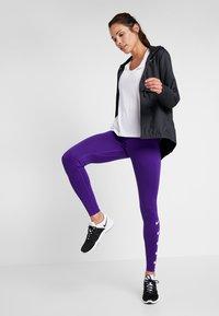 Nike Performance - RUN - Trikoot - court purple/white - 1