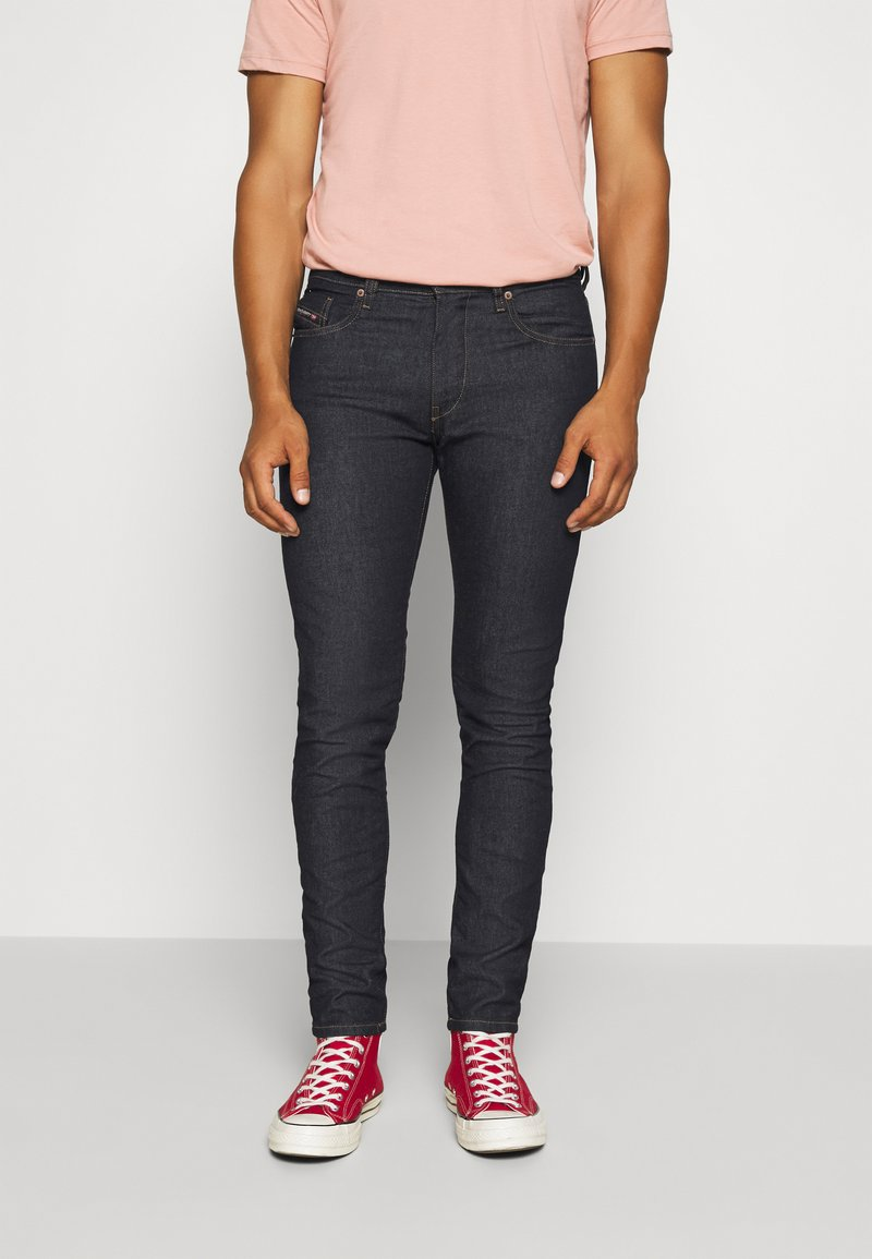 Diesel - D-STRUKT - Jeans Tapered Fit - rinsend denim