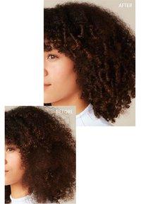Aveda - BOTANICAL REPAIR™ STRENGHENING LEAVE-IN TREATMENT - Haarpflege - - - 4