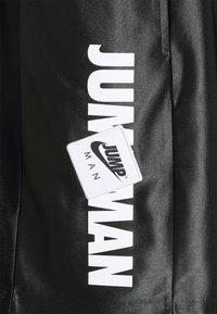 Jordan - Shorts - black/smoke grey - 2