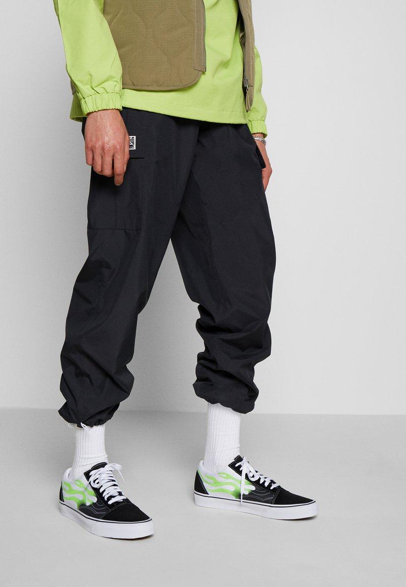 Vans - OLD SKOOL UNISEX - Sneakers basse - black/true white