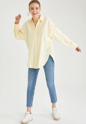 OVERSIZE FIT - Button-down blouse - beige