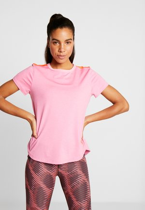 SPORT CROSSBACK - Print T-shirt - lipstick/beta