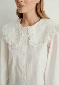 NA-KD - Button-down blouse - white - 3