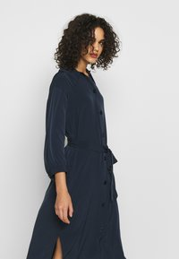 Monki - VALENTINA DRESS - Skjortekjole - blue - 3