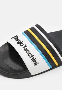 Sergio Tacchini - ANSLEY  - Pantofle - black/white/azzure blue - 5