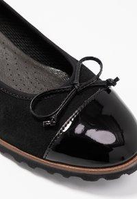 Gabor - Ballet pumps - schwarz/cognac - 2