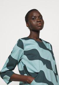 Marimekko - OLKOON TAIFUUNI DRESS - Day dress - turquoise/green - 3