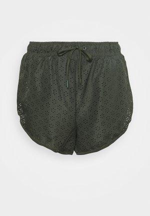 MOVE JOGGER SHORT - Sports shorts - khaki lazer