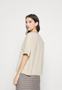 NA-KD - BOXY TEE - Basic T-shirt - beige - 2