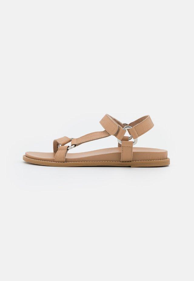 VMMIZA - Sandals - travertine