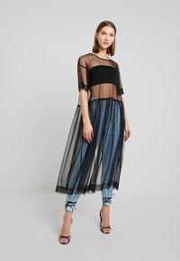Monki - SILVIA DRESS - Denní šaty - black - 0