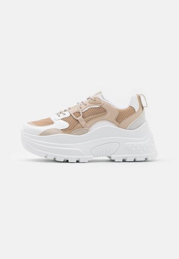CAMMIE CHUNKY TRAINER