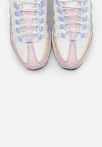Nike Sportswear - AIR MAX 95 - Sneakers - ghost/black/summit white/barely rose/glacier blue - 5