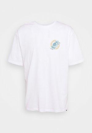 GRIDLOCK  - T-shirt con stampa - white