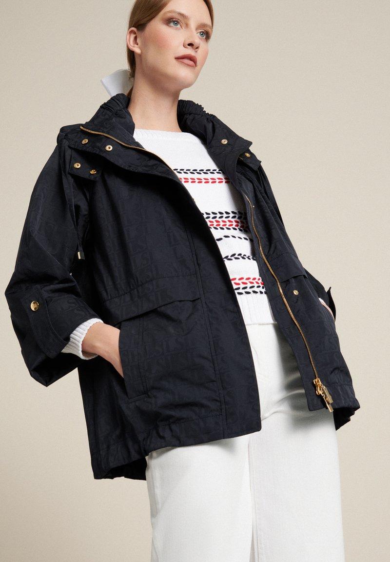 Luisa Spagnoli - VARIEGATO - Summer jacket - blu