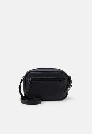 JARA - Across body bag - black