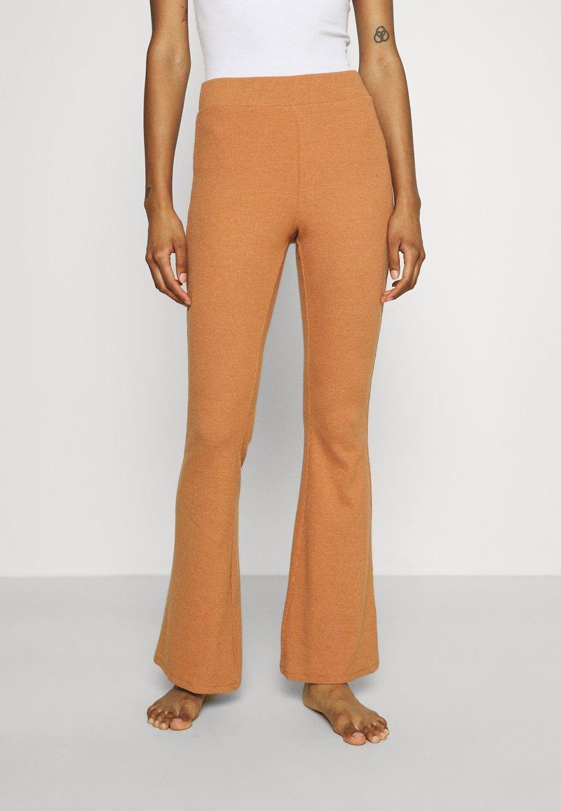 aerie - RIBBED FLARE PANT - Spodnji del pižame - hazel