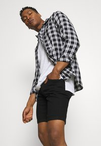 Only & Sons - ONSPLY LIFE - Shorts di jeans - black denim - 3