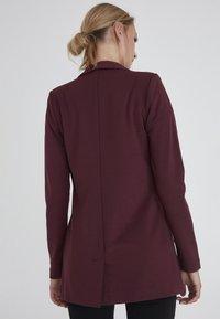 ICHI - KATE LONG BL - Short coat - winetasting - 1