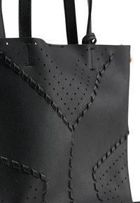 usha - Handbag - schwarz - 5