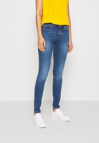 Guess - CURVE - Jeans Skinny Fit - sheffield - 0