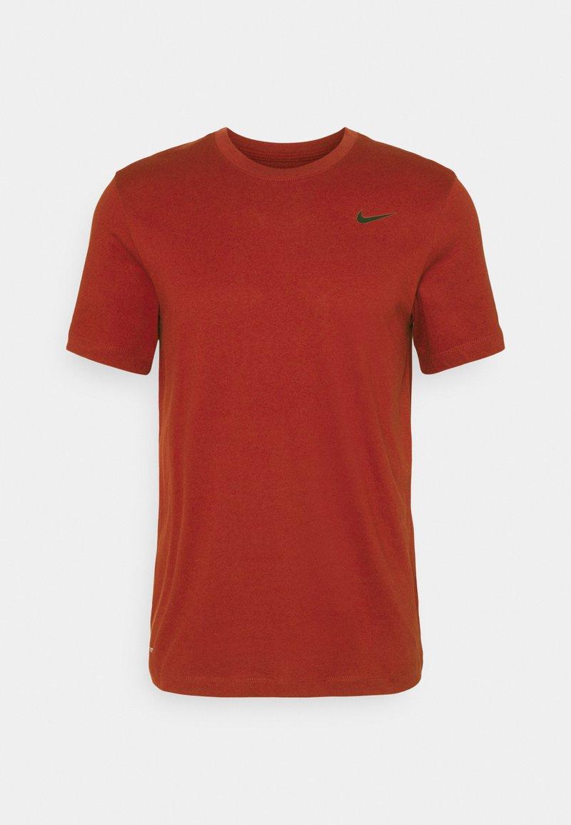 Nike Performance - TEE CREW SOLID - Basic T-shirt - dark cayenne