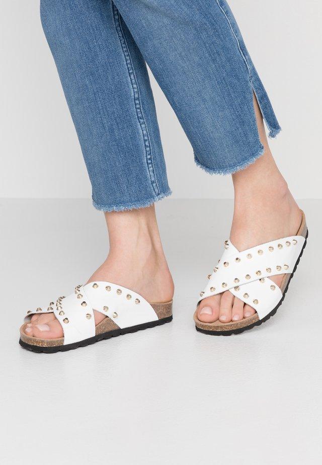 NALA STUDS  - Pantofle - white