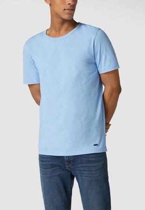 Basic T-shirt - hellblau