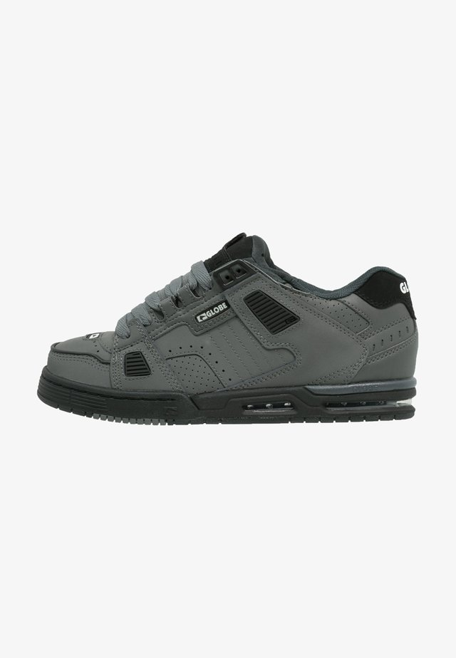 SABRE - Skate shoes - charcoal/black
