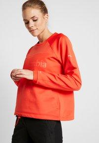 Columbia - WINDGATES™ CREW - Fleece jumper - bright poppy - 3